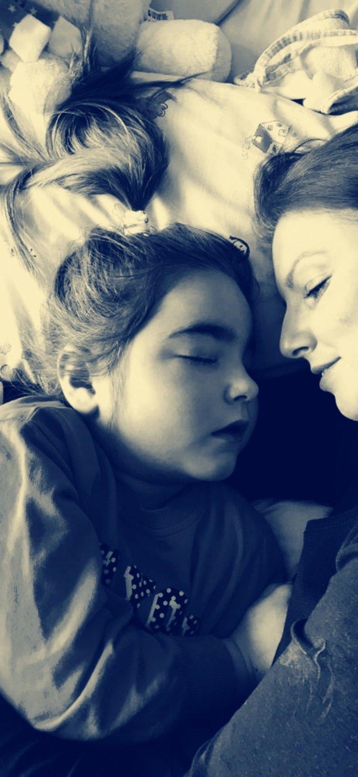 Maya and Joana hospital stay